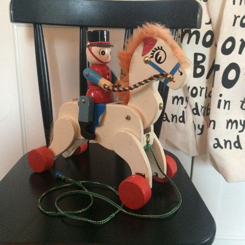 Häst-1