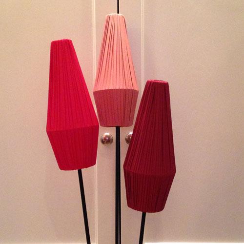Lampskärm-50-tal-Klarröd,-Rosa-och-Vinröd