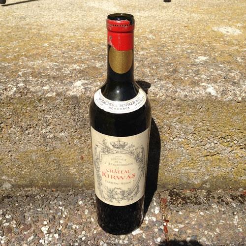 gammal-vinflaska-1