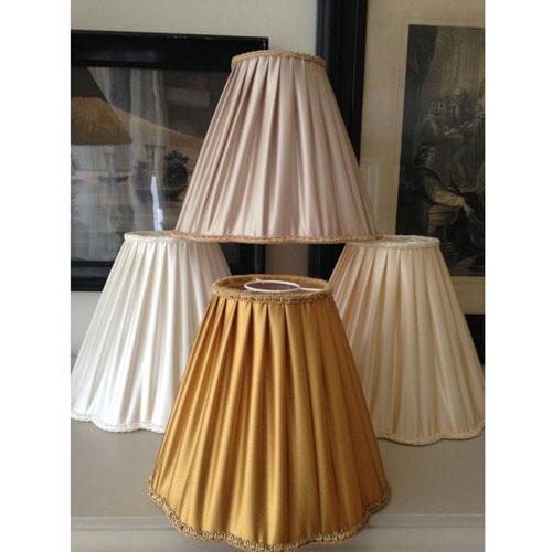 lampska-rm-veckad-satin-vit-sand-beige-och-guld