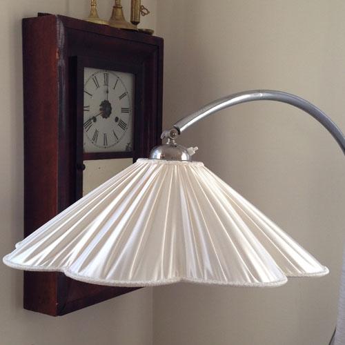 produktbild-lampska-rm-veckad-satin-stor-2