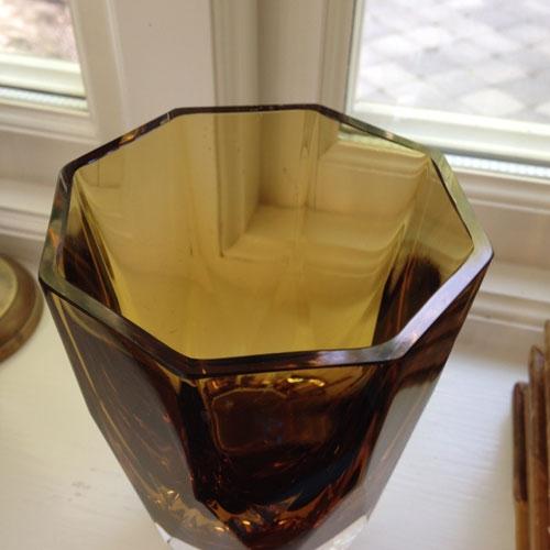 vas-tjockt-gult-glas-2