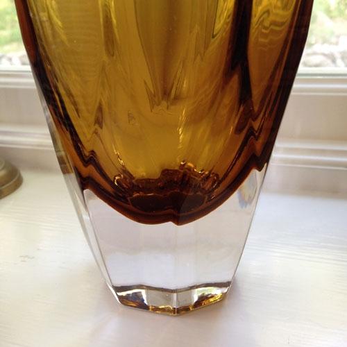 vas-tjockt-gult-glas-3
