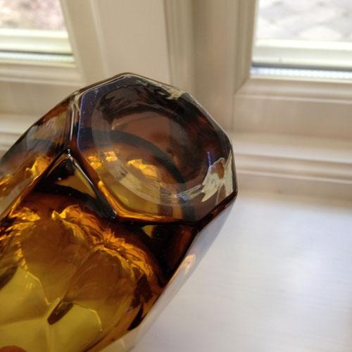 vas-tjockt-gult-glas-4